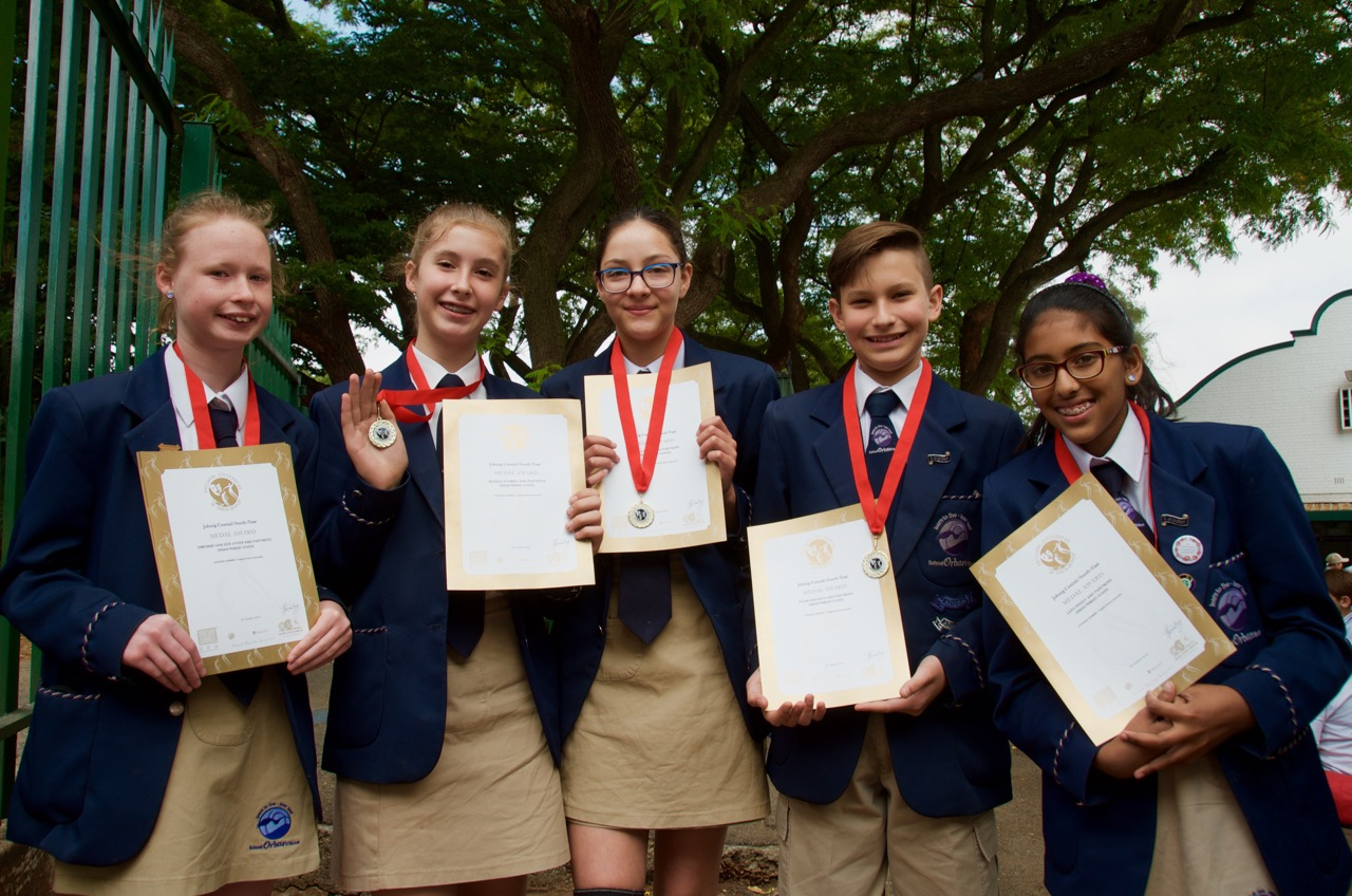 Simonne van der Vyver, Jessica Schmidt, Batool Essop, Ryan Kreusch and Leah Reddy received medals for winning the catetory: Small group English poetry ensemble